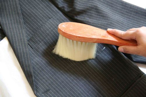 Выбираем щетку для чистки одежды