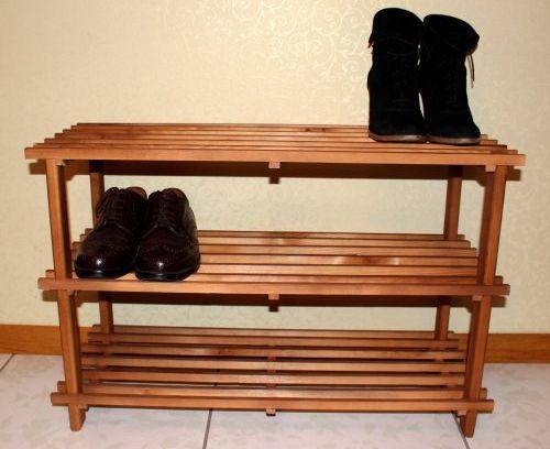 Как выбрать практичную полку для обуви?