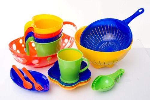 Выбираем правильно пластиковую посуду